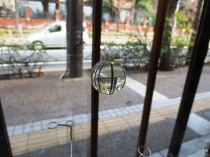 ガラスの中のまんまる景色015